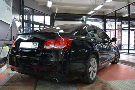 Lexus GS 300 тонировка LLUMAR ATR 05%