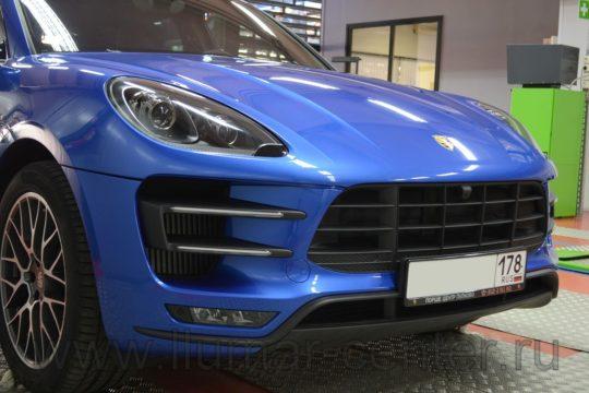 Porsche Macan Защита кузова антигравийным материалом LLumar PPF Gloss