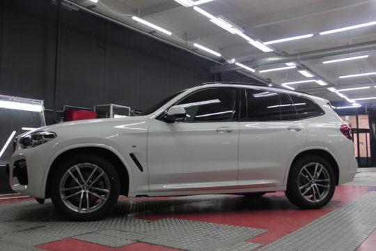 BMW Оклейка антигравийной пленкой LLumar PPF Gloss